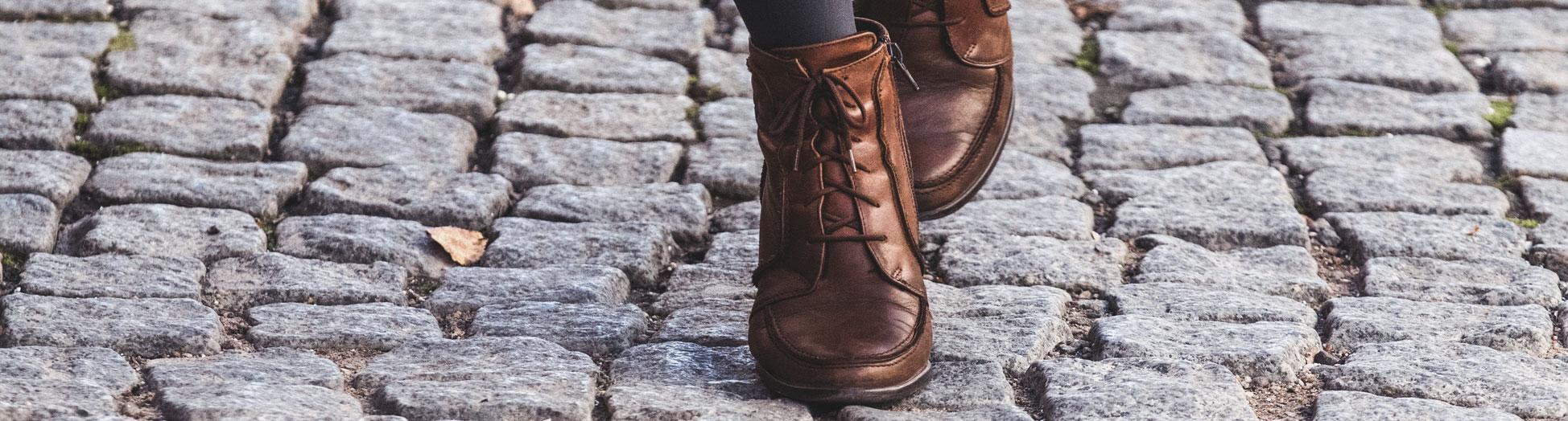 Schmal Schuhe